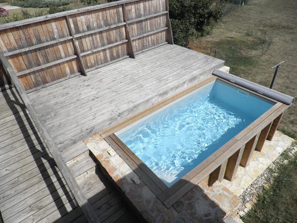 Piscine En Bois Petite Taille mini piscine : elle a tout d'une grande… - piscine week end